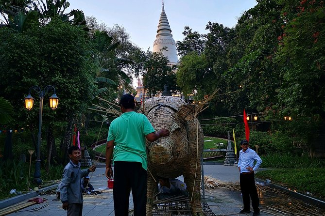 Full-Day Phnom Penh City & Silk Island with a local Tuk Tuk Tours photo 3