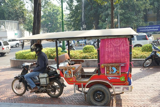 Full-Day Phnom Penh City & Silk Island with a local Tuk Tuk Tours photo 142
