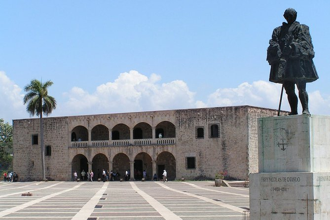 SANTO DOMINGO CITY TOUR From JUAN DOLIO HOTELS Up to 6 Pax