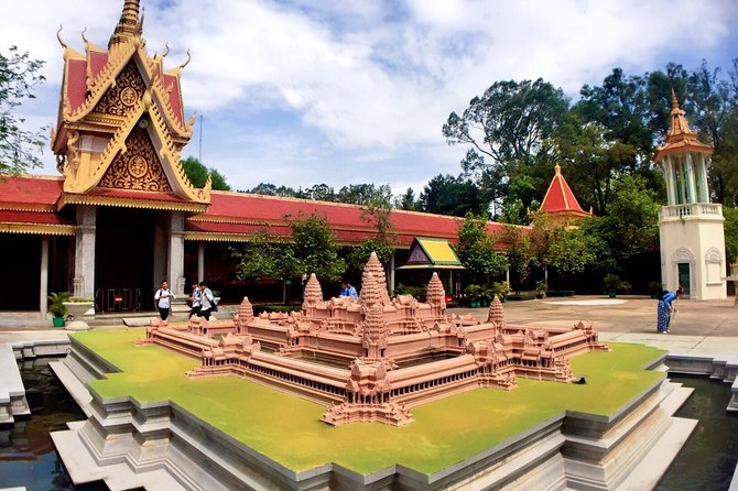 Full-Day Phnom Penh City & Silk Island with a local Tuk Tuk Tours photo 30