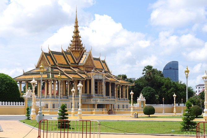Full-Day Phnom Penh City & Silk Island with a local Tuk Tuk Tours photo 150