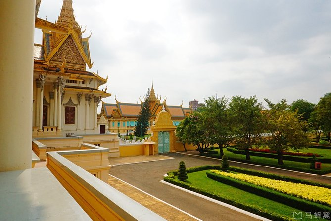Full-Day Phnom Penh City & Silk Island with a local Tuk Tuk Tours photo 73