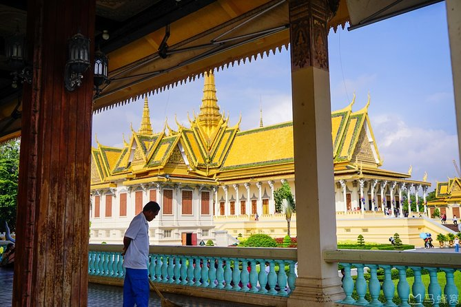Full-Day Phnom Penh City & Silk Island with a local Tuk Tuk Tours photo 147