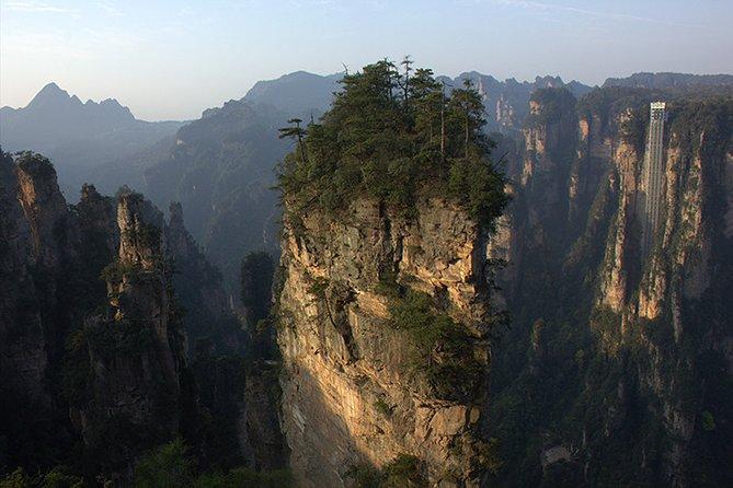 Private Discovery DayTour to Tianzi Mount-Yuanjiajie Avatar Mount and Night Show