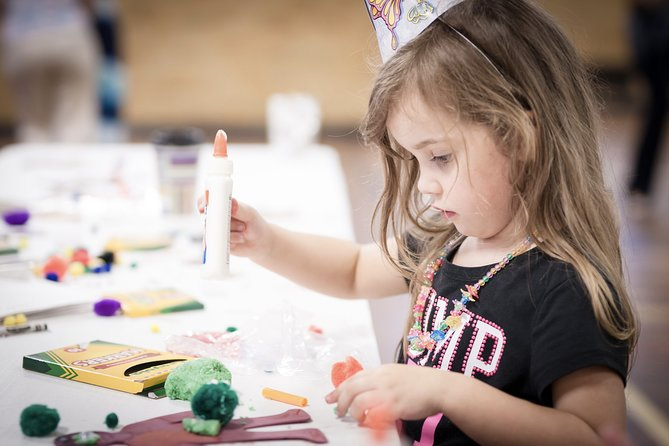 Painting Class For Kids: Abstract Flowers | Private Virtual Craft Experience