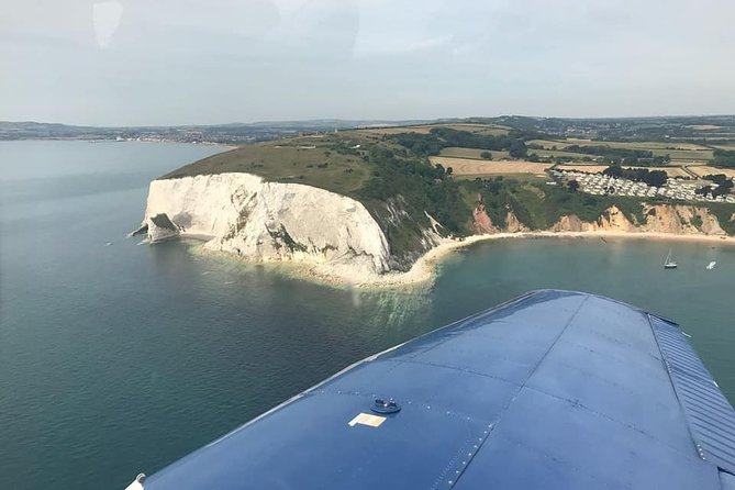 Day Trip from London to Isle of Wight by a Private Plane