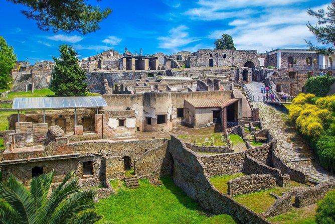 3 Days Pompei , Sorrento and Capri - Italy