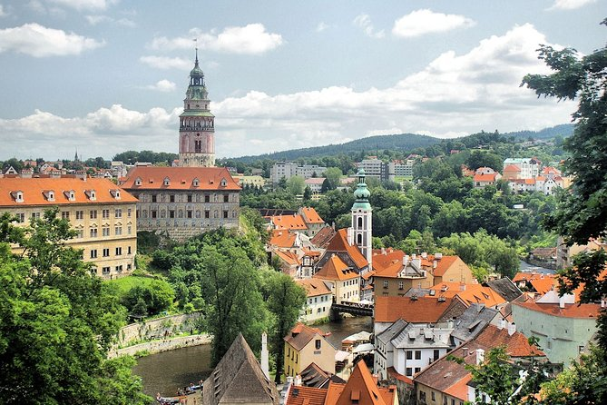 2- Private Day tour to Cesky Krumlov, Hallstatt and Salzburg from Prague