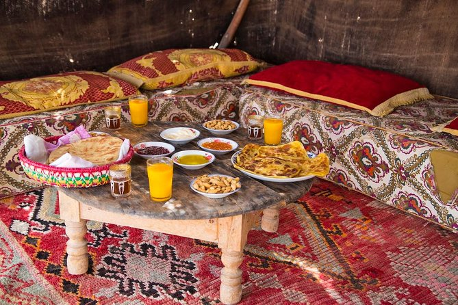 Breakfast in agafay desert with camel ride and relaxation Moroccan hammam