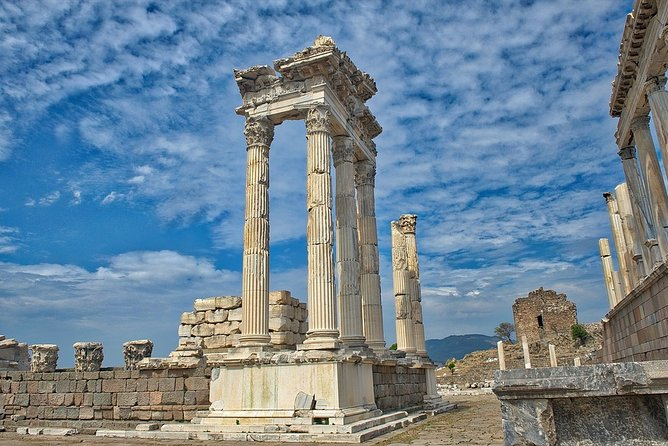 Dikili Cruise Excursions-Pergamon and Asklepion Tour