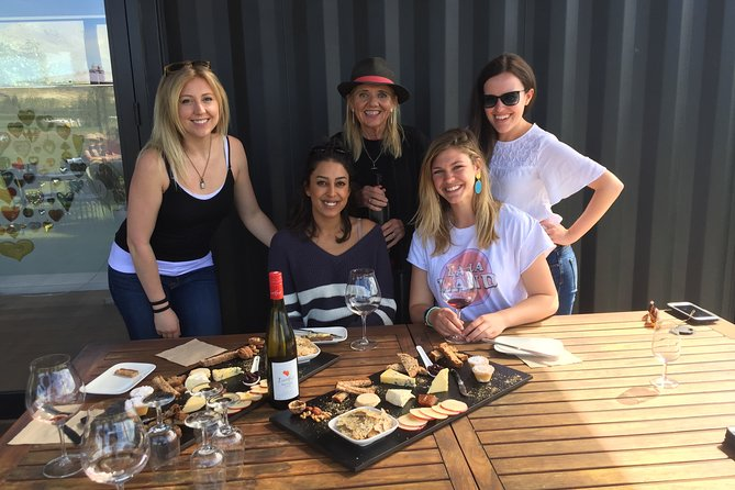 'Express' Wine Tour with Māori Culture Wānaka