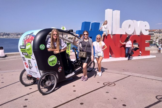 Nice Sightseeing Pedicab & Multilingual Private Tour with a Local Guide - 55min
