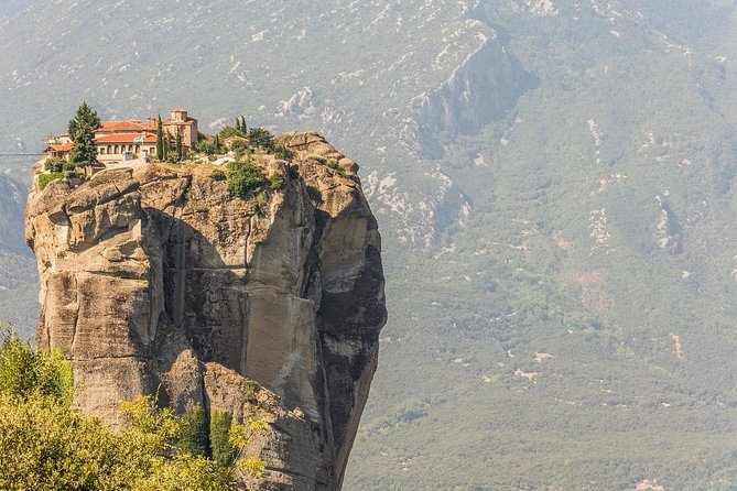 2 Days Delphi and Meteora Tour from Athens - Private Tour