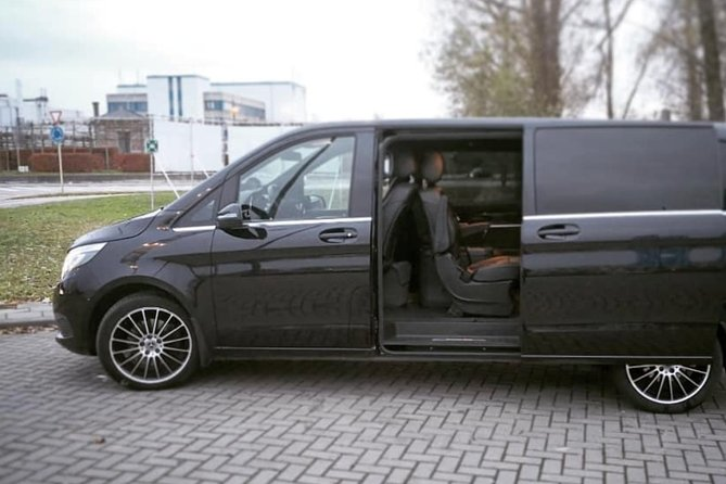 Ghent <-> Amsterdam Shuttle Transfer (1 to 8 Seats)