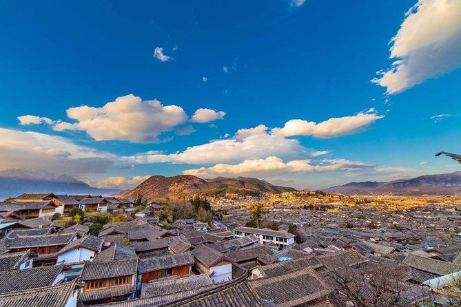 3-Days Private Lijiang Tour:Old towns,Snow mountain,Tiger Leaping Gorge and Show