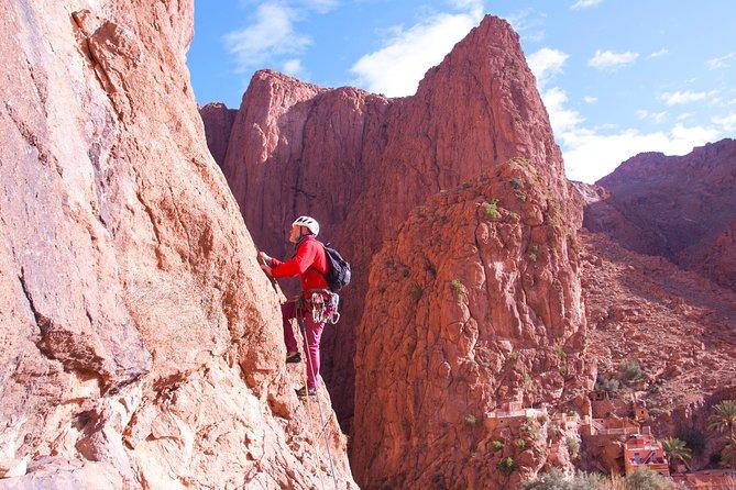 1 day rock climbing in Todra Gorge - Aventures Verticales Maroc