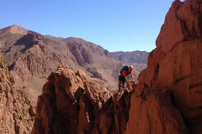 1 day mountaineering in Todra Gorge - Aventures Verticales Maroc