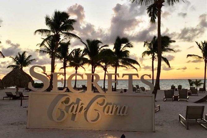 SUBURBAN or CADILLAC Punta Cana (PUJ) to SECRETS RESORT CAP CANA ROUND TRIP