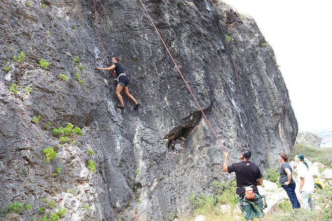 Full-Day Group Climbing Trip in Curaçao