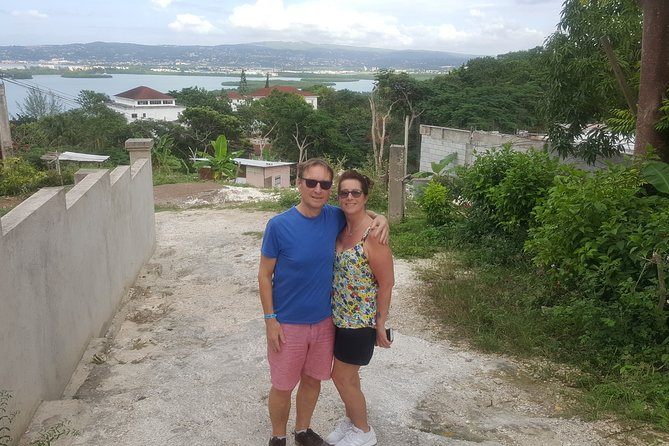 Montego Bay Highlight Tour Visit local Community And See Local Stuffs