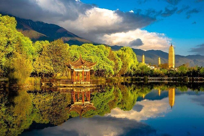 Kunming Private 2-Day Bullet Train Trip to Dali and Lijiang