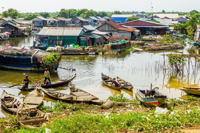 4 Days Explore the Twin Cities: Phnom Penh and Siem Reap