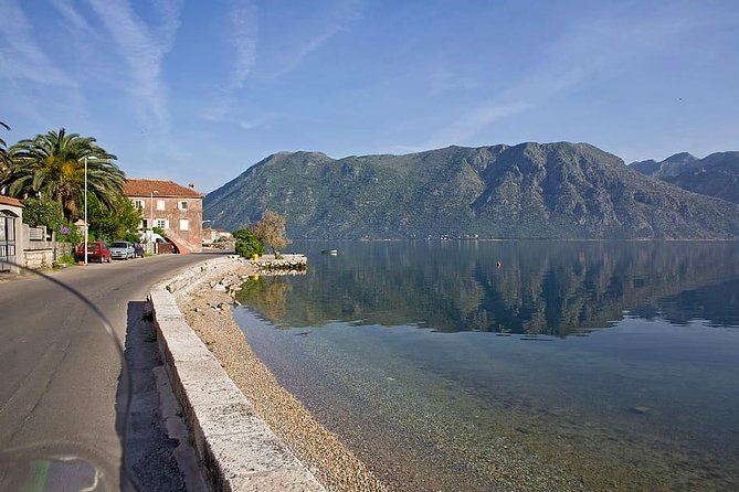Private Full Day Tour to Montenegro from Dubrovnik with Hotel pick-up