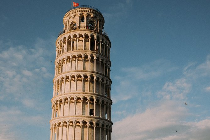PISA HALF-DAY: from Florence by minivan including Leaning Tower ticket