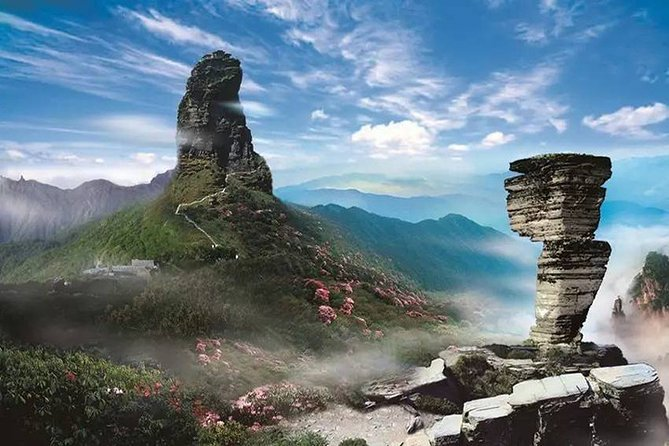 3-Day Private Tour to Dehang-Fenghuang and Fanjinshan Mount with Hotel from ZJJ