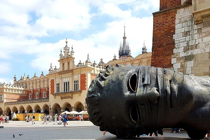 Private 4-hour City Tour of Krakow with driver and guide and Hotel pick-up