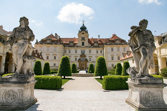 Private tour to Lednice castle and chateau Valtice with wine tasting from Vienna
