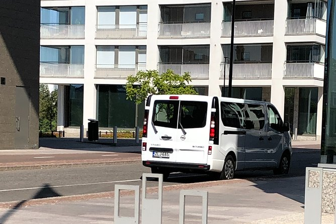 Private Transfer from Helsinki Vantaa Airport to City Centre
