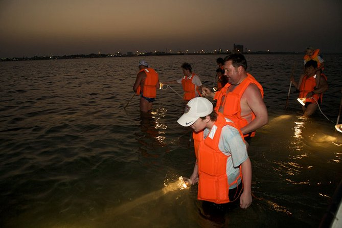 Day Tour to Umm Al Quwain and Crab Hunting