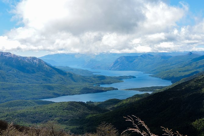 Trekking to Acol Peak