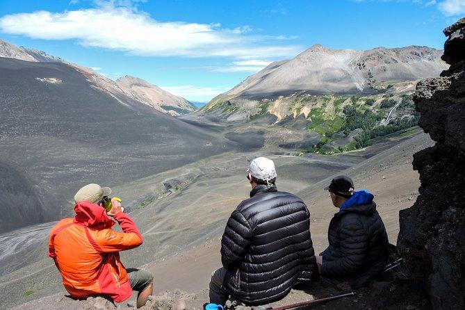 Trekking to Achen Niyeu Volcano