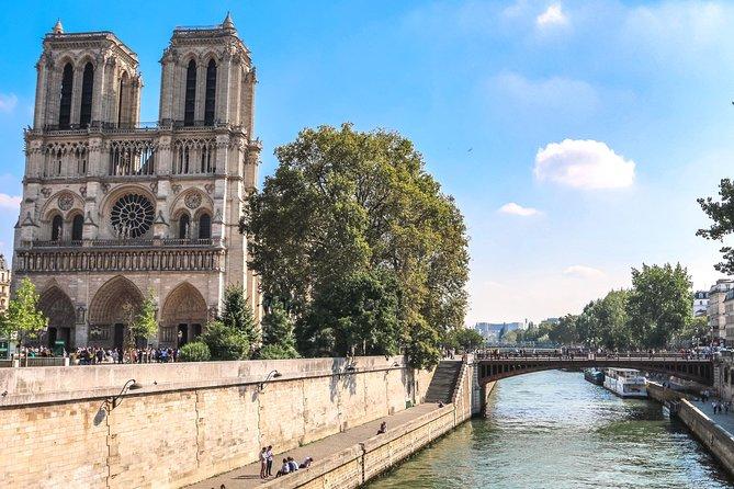 Virtual tour: Paris Live! Notre Dame & Quintessential Paris