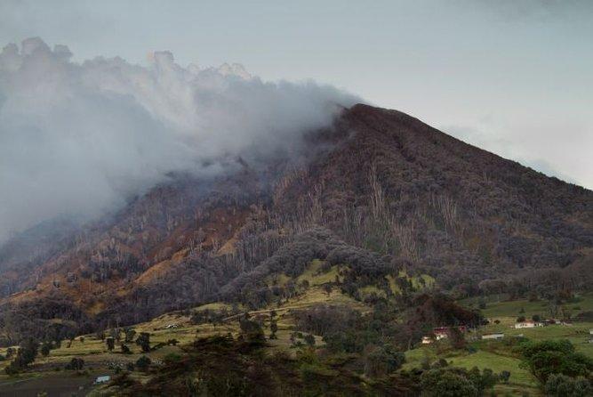 Route between Irazú Volcanoes and Turrialba