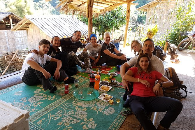 Full-Day Private Chiang Rai Trekking with Lunch and Pick Up