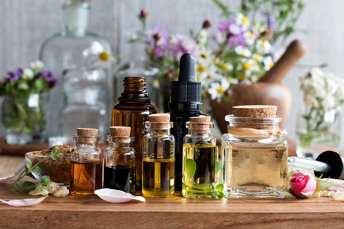 The Italian Scents at Your Home: Virtual Perfume Masterclass With Kit Included