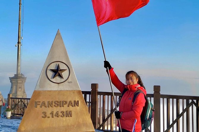 Conquering the roof of Indochina - Fansipan in 2 days