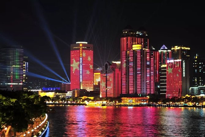 Guangzhou Baiyun Mountain Private Tour with VIP Class Pearl River Night Cruise