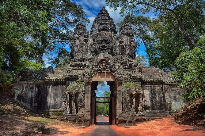 Angkor Wat Small Circuit Tour with Sunrise & Sunset