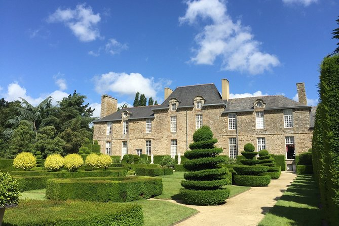 One day stroll in the small towns of character of Ile et Nilaine