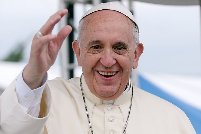 The Life of Pope Francis in Argentina (Virtual Live Experience)
