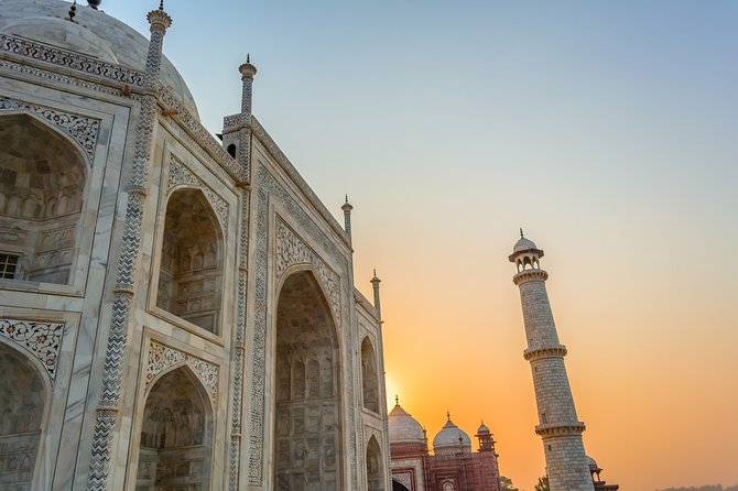 Agra Overnight Tour With 5 Star Hotel