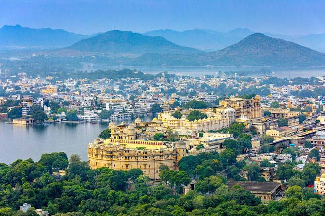 Golden Triangle Tour India with 5 Star Hotel