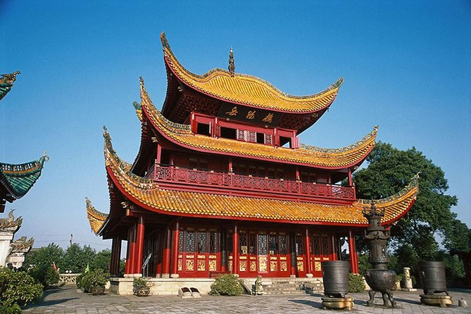 Private Day Tour to Yueyang Tower and Junshan Island from Changsha