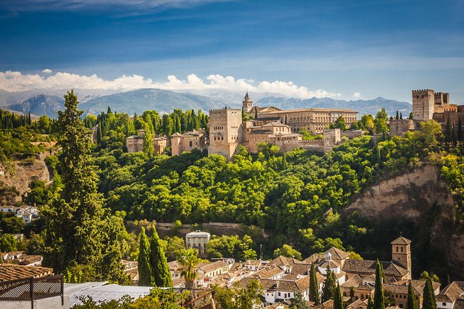 Day trip to the Alhambra from Almeria