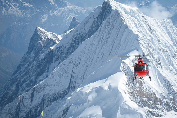 Lifetime Experience: Helicopter land at Kalapatthar (5555m), Everest Base Camp.