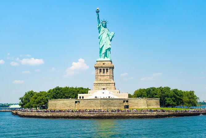Private tour: Statue of Liberty with Pedestal Access & Ellis Island